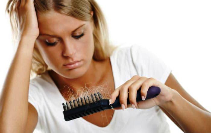 Випадіння волосся у жінок причини і лікування