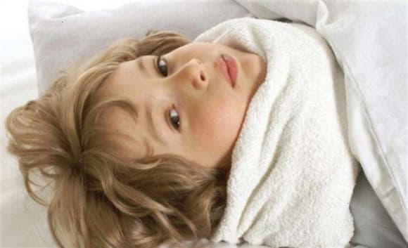 Компрес від кашлю - види і способи застосування для дітей і дорослих