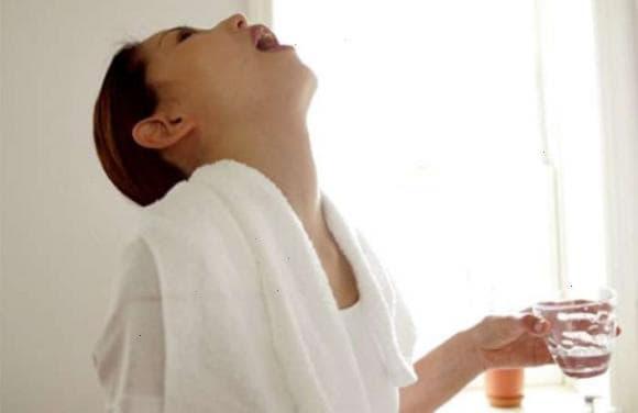 Полоскання горла содою - пропорції розчину і спосіб застосування