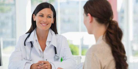 Як правильно спринцюватися – грушею, для планування вагітності і при молочниці