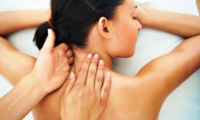 Міжхребетна грижа шийного відділу хребта: причини і лікування